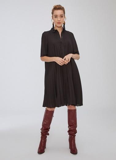 People By Fabrika Pilise Detaylı Gömlek Elbise Siyah